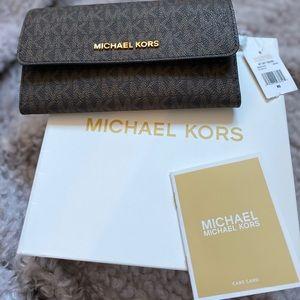 MICHAEL Michael Kors Signature Trifold Wallet ✨NEW